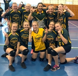 Year 9 & 10 students compete in Queensland Volleyball Schools Cup